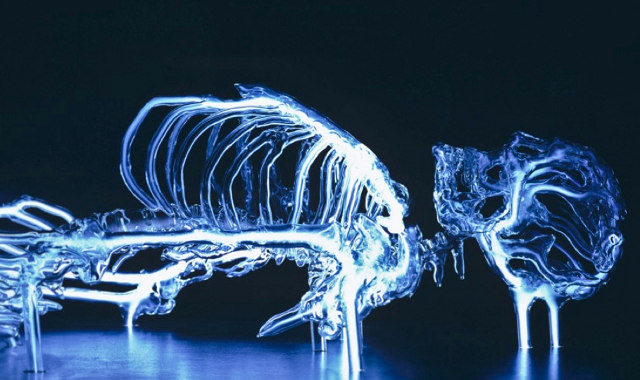 Glass skeleton aglow with krypton, by Eric Franklin. Via Geekologie.